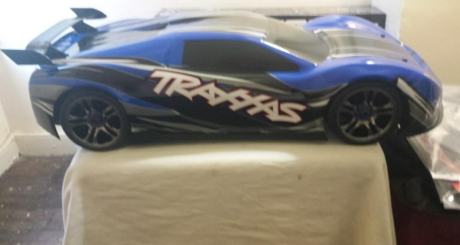 Traxxas 6407 1/7 X0-1 100+MPH 4WD Ready-to-Run Supercar