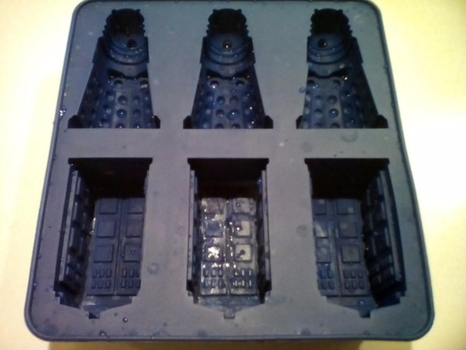 Tardis and Dalek Mold/Ice tray